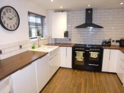 Semi Detached House For Sale  Leicester Leicestershire LE6