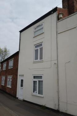 Maisonette To Let  Lutterworth Leicestershire LE17