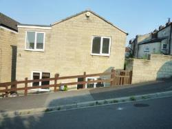 Detached House To Let  Brotherton West Yorkshire WF11