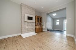 Terraced House To Let  Tooting Surrey CR4