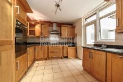 Semi Detached House To Let  London Greater London SW16