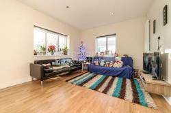 Detached House To Let  Upper Norwood Greater London SE19