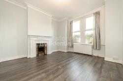 Maisonette To Let  Tooting Boaders Greater London SW16