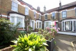 Terraced House To Let  Brixton Greater London SW2