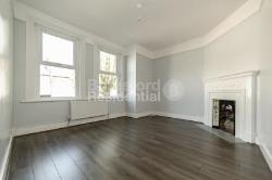 Maisonette To Let  Tooting Broadway Greater London SW17