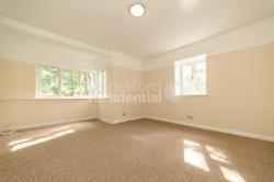 Flat To Let  Upper Norwood Greater London SE19