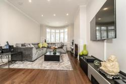 Terraced House To Let  Streatham Greater London SW16