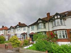 Semi Detached House To Let  Streatham Greater London SW16