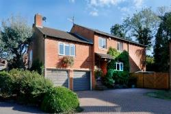 Detached House For Sale  Maidenhead Riverside Berkshire SL6