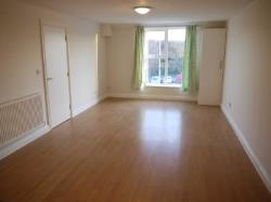 Semi Detached House To Let  Bracknell Berkshire RG12