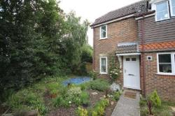 Terraced House To Let  Bracknell Berkshire RG42