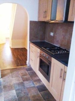 Terraced House To Let  Seven Sisters Greater London N17
