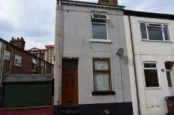Terraced House To Let  Wakefield West Yorkshire WF2