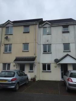 Flat To Let  CORNWALL Cornwall PL26