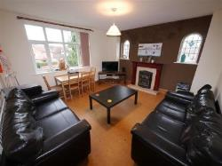 Detached House To Let  LEEDS West Yorkshire LS6