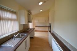 Semi Detached House To Let  LEEDS West Yorkshire LS6