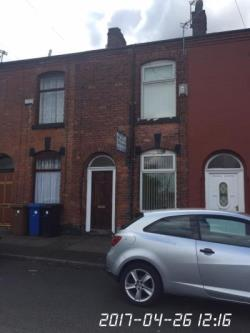 Terraced House To Let  ASHTON-UNDER-LYNE Greater Manchester OL6