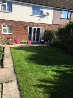 Semi Detached House To Let  WIRRAL Merseyside CH61