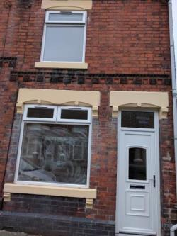 Terraced House To Let  BURSLEM Staffordshire ST6