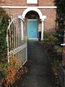 Flat To Let  OXTON Merseyside CH43