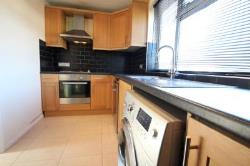 Flat To Let  Dorking Surrey RH5