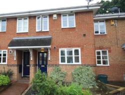 Terraced House To Let  Billericay Essex CM12