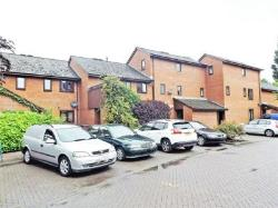 Maisonette For Sale  Newtown Powys SY16