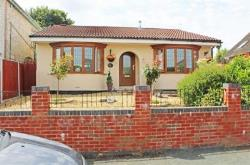 Detached Bungalow For Sale  Wolverhampton Staffordshire WV4