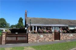 Semi - Detached Bungalow For Sale  Scunthorpe Lincolnshire DN17