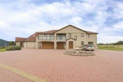 Detached House For Sale  Glasgow Lanarkshire G72