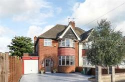 Semi Detached House For Sale  Worcester Park Surrey KT4