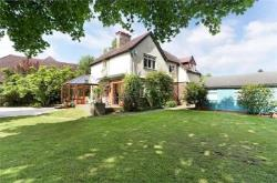 Detached House For Sale  Godalming Surrey GU8