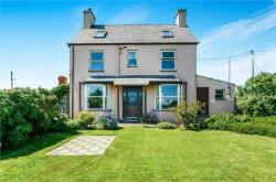 Detached House For Sale  Pwllheli Gwynedd LL53