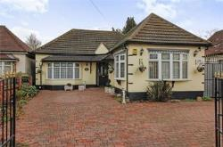 Detached Bungalow For Sale  Hornchurch Essex RM11