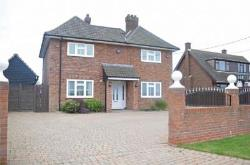 Detached House For Sale  Ipswich Suffolk IP10