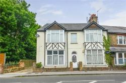 Flat For Sale  Rickmansworth Hertfordshire WD3