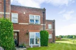 Terraced House For Sale  Middlewich Cheshire CW10
