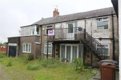 Flat For Sale  Oldham Greater Manchester OL2