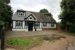 Detached House For Sale  Waltham Cross Hertfordshire EN8