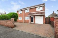 Detached House For Sale  Waltham Cross Hertfordshire EN7