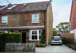 Semi Detached House For Sale Horsham West Sussex West Sussex RH12