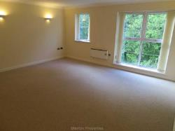 Flat To Let  Holmfirth West Yorkshire HD9