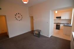 Flat To Let  TRANMERE Merseyside CH42