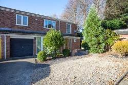 End Terrace House For Sale  Milton Keynes Buckinghamshire MK3