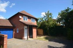 Detached House For Sale  Milton Keynes Buckinghamshire MK7
