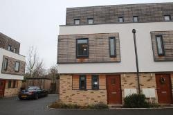 End Terrace House To Let  Cambridge Cambridgeshire CB4