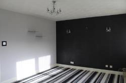 Maisonette To Let  Motherwell Lanarkshire ML1