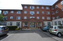 Flat For Sale  London Greater London NW7