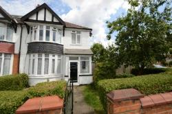 Semi Detached House To Let  London Greater London N12