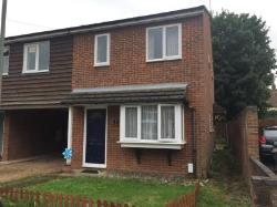End Terrace House To Let  Addlestone Surrey KT15